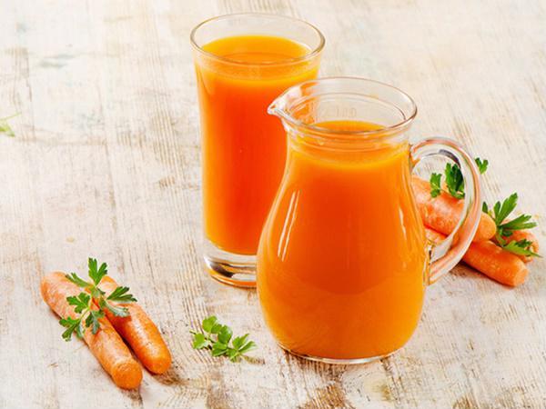 Bất ngờ trước những lợi ích thần kỳ của nước ép cà rốt