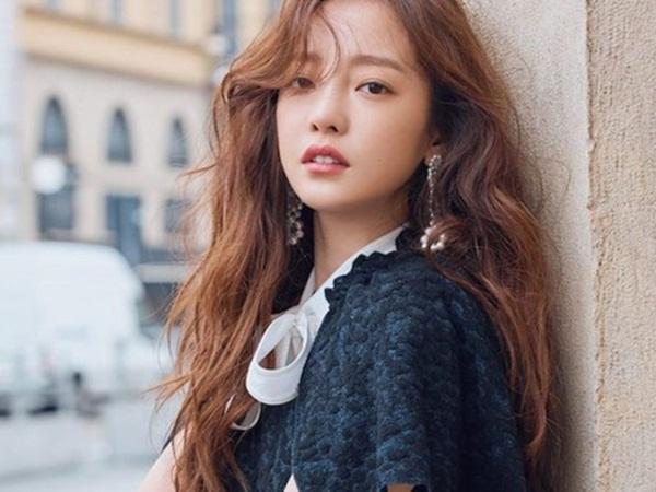 Biến căng cuộc chiến giành tài sản của Goo Hara: Cha của Jiyoung (KARA) làm nhân chứng chống lại người mẹ tham lam của idol quá cố