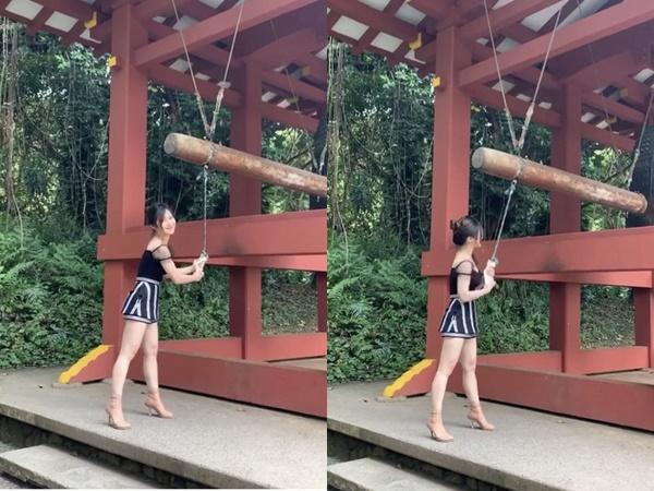 Ca sĩ Hương Tràm bị dân mạng chỉ trích khi diện váy ngắn đi chùa