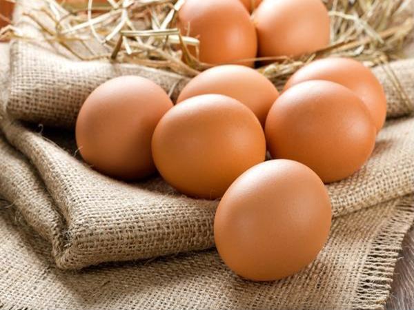 Cách bảo quản trứng gà, trứng vịt ăn dần suốt vài tháng - Ảnh 1