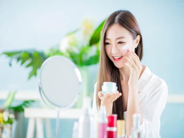 Cách chọn kem che khuyết điểm 'trị' mọi vấn đề da