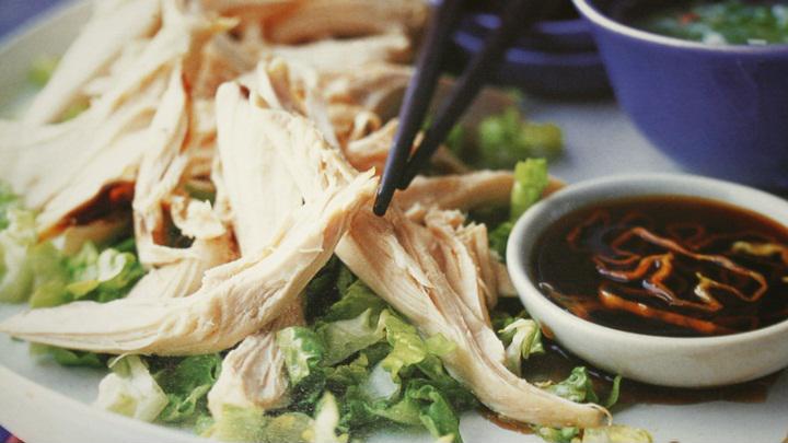 Cách làm gà hấp lá sen thơm ngon bổ dưỡng cực đơn giản - Ảnh 2