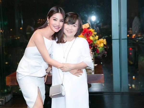 Chia sẻ mới nhất của Diễm My khiến nhiều người hoang mang: Nguyên nhân cái chết của mẹ nữ diễn viên vẫn chưa được làm rõ