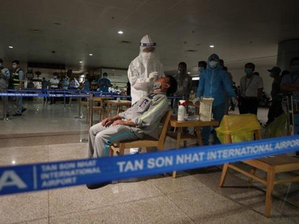 Nóng: Chủng virus gây ra chuỗi lây nhiễm tại sân bay Tân Sơn Nhất là chủng lần đầu thấy ở Việt Nam