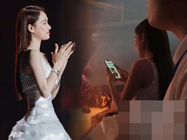 """Clip: Nhã Phương được Trường Giang gửi ảnh selfie với con gái giữa gala WeChoice 2020, liền hào hứng khoe """"hàng xóm"""" Công Vinh"""