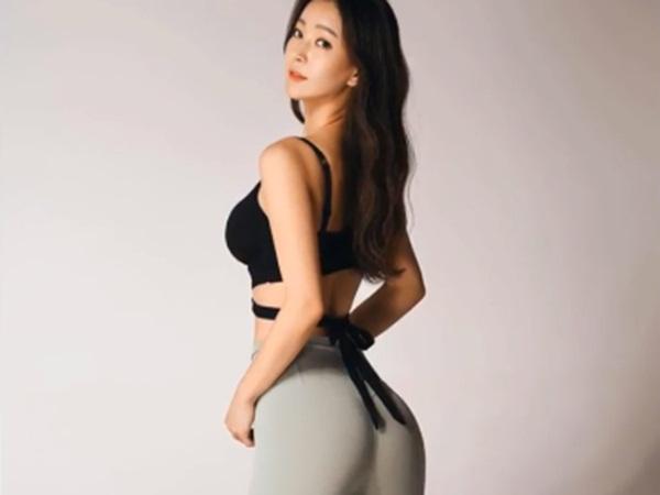 Cô giáo yoga diện đồ tập gym bó sát khoe thân hình như tượng tạc nhưng CĐM chỉ mải dán mắt vào chi tiết này