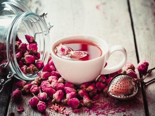 Hoa hồng không chỉ để cho đẹp nhà đẹp cửa, bạn còn có thể làm thuốc chữa bệnh, dưỡng da mịn đẹp