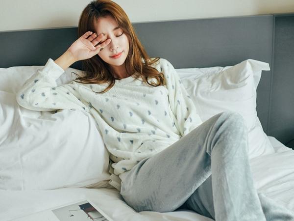 Lúc ngủ mà hay làm những điều này thì hãy bỏ ngay kẻo gây nguy hại sức khỏe
