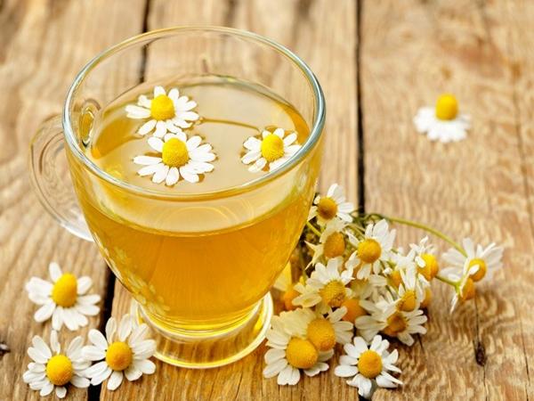 Mỗi ngày 1 ly trà hoa cúc, cơ thể sẽ nhận được hàng loạt những tác dụng 'thần kỳ' này cho sức khỏe