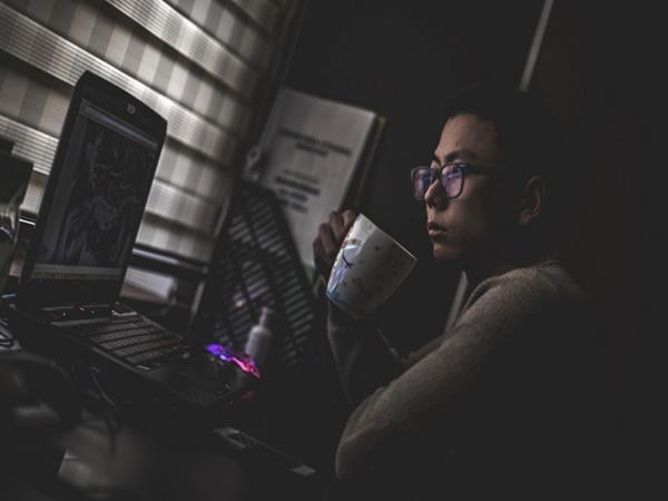 Nhà nghiên cứu cảnh báo: Nhiều người làm việc trong môi trường này khiến não hoạt động kém hiệu quả hơn