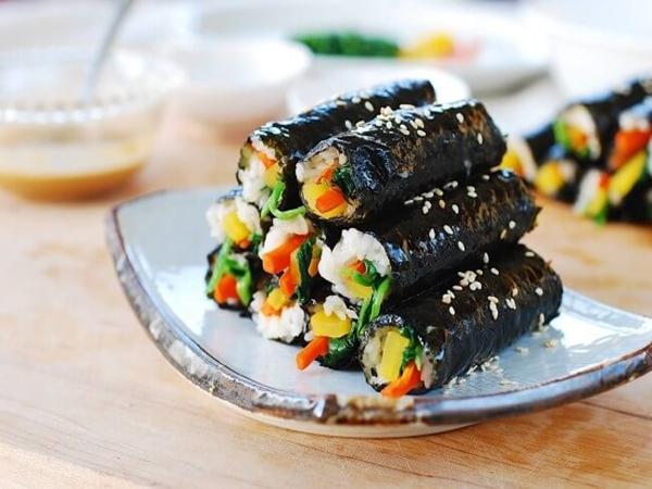 Nhờ những tác dụng tuyệt vời này mà rong biển chưa bao giờ 'vắng mặt' trong bữa ăn của người Hàn