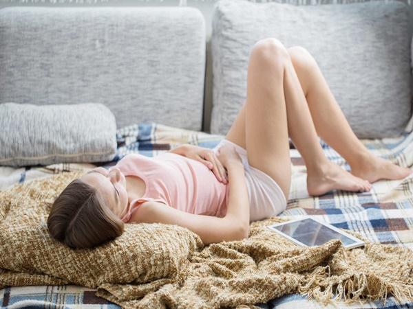 Những dấu hiệu sớm của ung thư cổ tử cung dễ nhầm lẫn với các bệnh thông thường khác, đến lúc đi khám thì đã quá trễ
