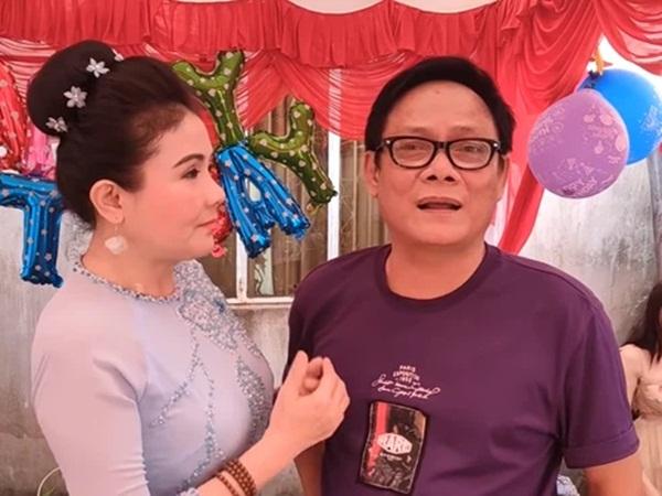 """NSND Thanh Ngân: """"Tôi không ngờ anh Tấn Hoàng lại mua đầm ngắn cho mẹ vợ"""""""