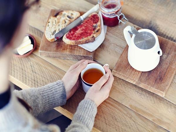 Sáng thức dậy cần tránh làm những việc này để không gây ảnh hưởng xấu tới vùng gan
