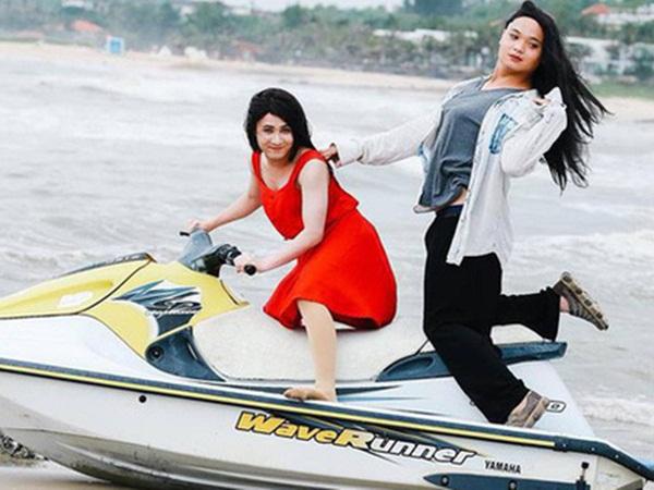 """Sau khi hoàn tất thủ tục bản quyền, MV parody """"Duyên Mình Lỡ"""" đã trở lại nhưng Huỳnh Lập vẫn mắc nợ """"chị cano"""" 300 nghìn từ... 2 năm trước"""