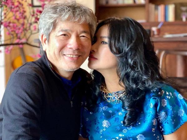 Thanh Lam đăng ảnh tình tứ bên bạn trai bác sĩ, chồng cũ Quốc Trung liền bình luận điều này