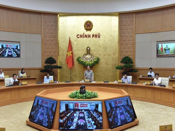 Thủ tướng chủ trì họp trực tuyến với các địa phương về phòng chống dịch COVID-19