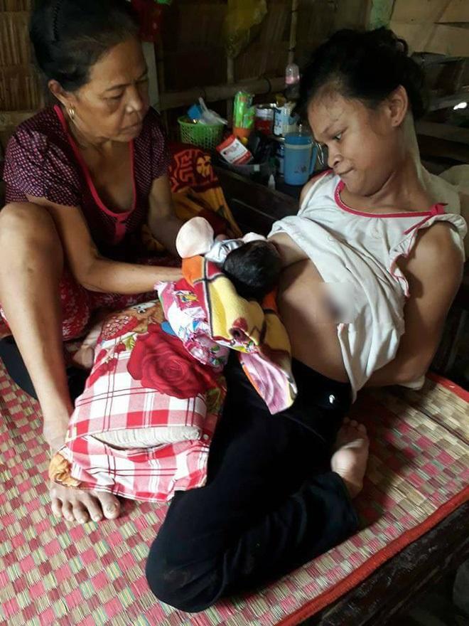 Gần 120 triệu đã chuyển đến gia đình 'người mẹ điên' chăm con sơ sinh