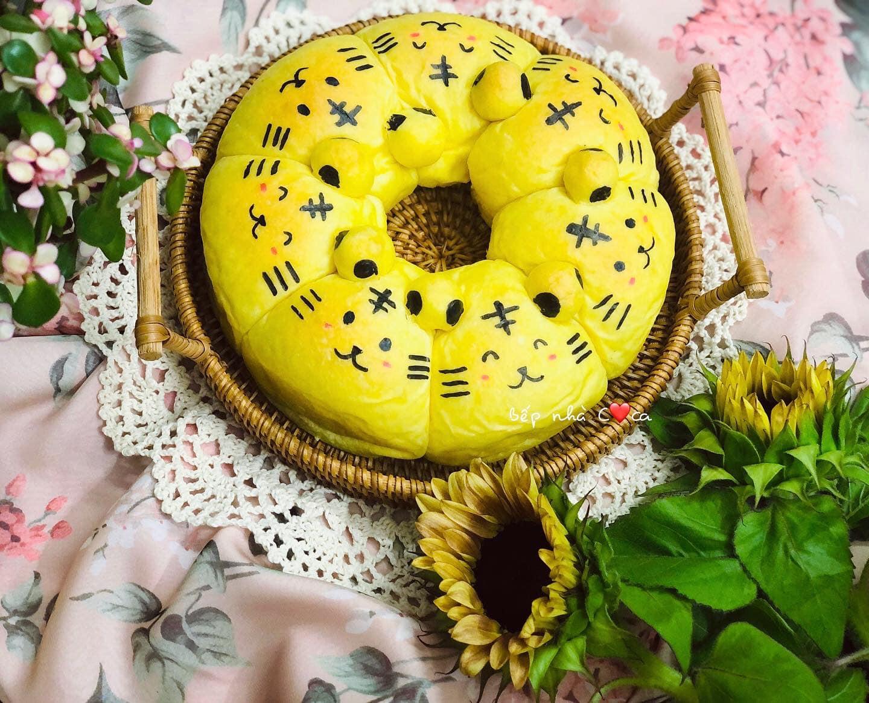 Mẹ đảm mách chị em cách làm bánh mỳ hoạt hình siêu cute khiến các bé mê tít - Ảnh 5