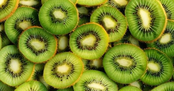 Ai cũng nghĩ hạnh nhân giàu vitamin E số 1 cho đến khi biết về các thực phẩm này - Ảnh 9