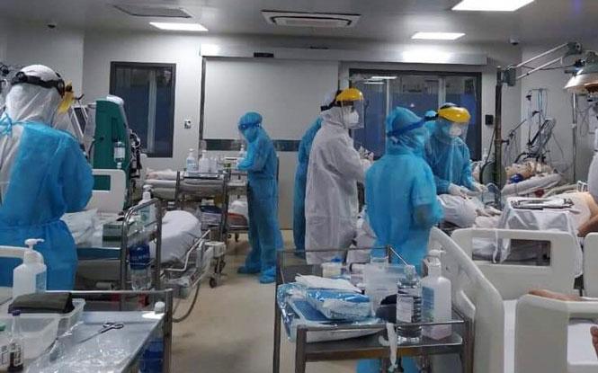 Ngày 5/8, TP.HCM thêm 3.886 ca Covid-19, dốc sức điều trị cho hơn 33.300 bệnh nhân - Ảnh 1