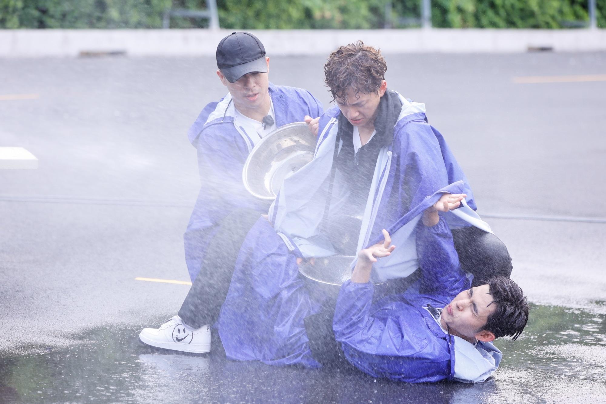 Running Man tập 1: Trường Giang bị 'truy sát', Jack không những xuất hiện mà còn lăm le xé bảng tên Liên Bỉnh Phát - Ảnh 8