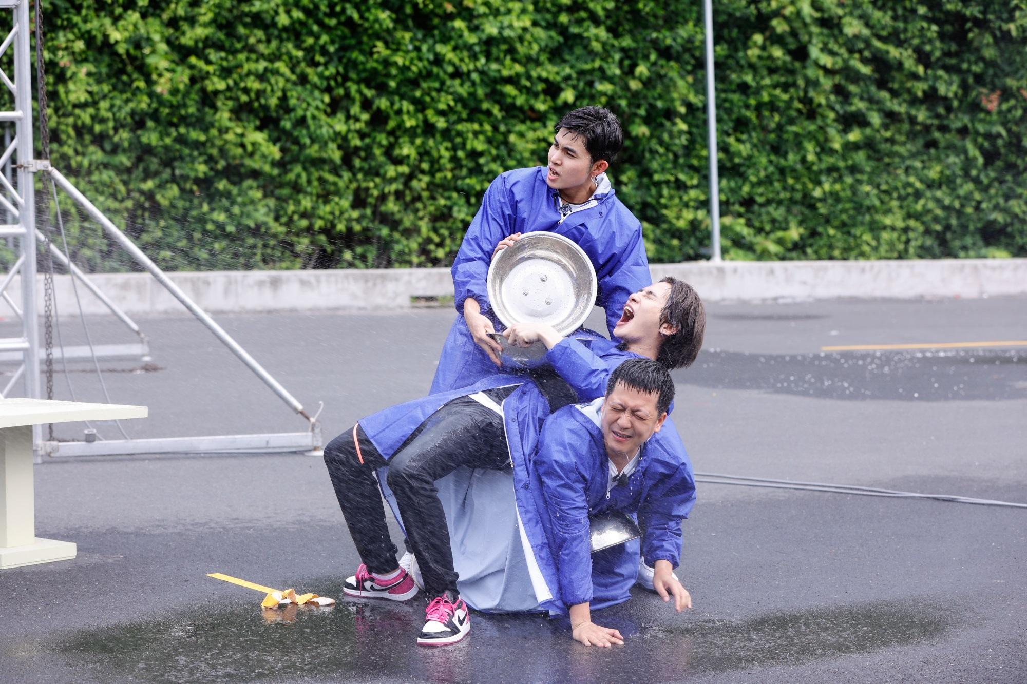 Running Man tập 1: Trường Giang bị 'truy sát', Jack không những xuất hiện mà còn lăm le xé bảng tên Liên Bỉnh Phát - Ảnh 7