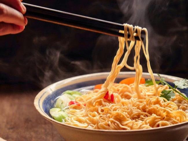 6 loại thực phẩm này là 'khắc tinh' của não bộ, tiêu thụ nhiều sẽ khiến đầu óc ì ạch, kém minh mẫn, dễ mắc hàng loạt các căn bệnh về não - Ảnh 2