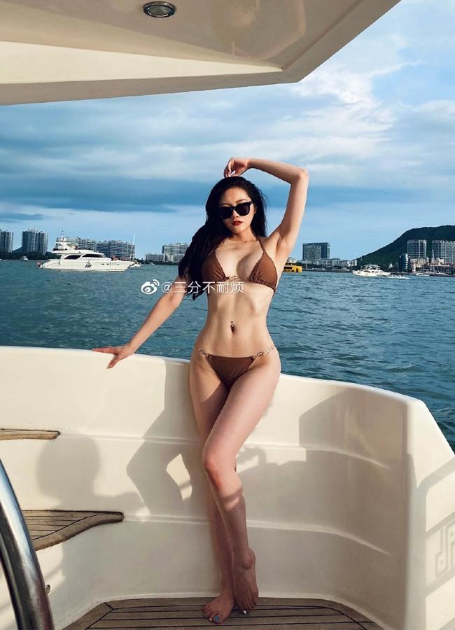 Choáng váng với body của hai mỹ nữ xứ Trung Quốc -  sở hữu 3 vòng 'xịn xò' xứng đáng 'Miss 10+1' - Ảnh 4