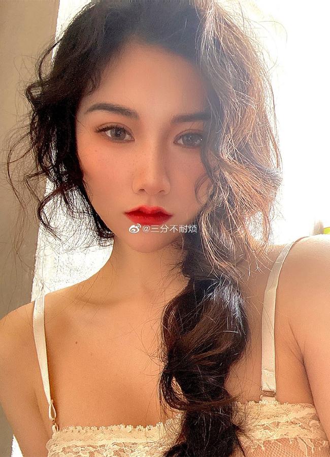 Choáng váng với body của hai mỹ nữ xứ Trung Quốc -  sở hữu 3 vòng 'xịn xò' xứng đáng 'Miss 10+1' - Ảnh 2