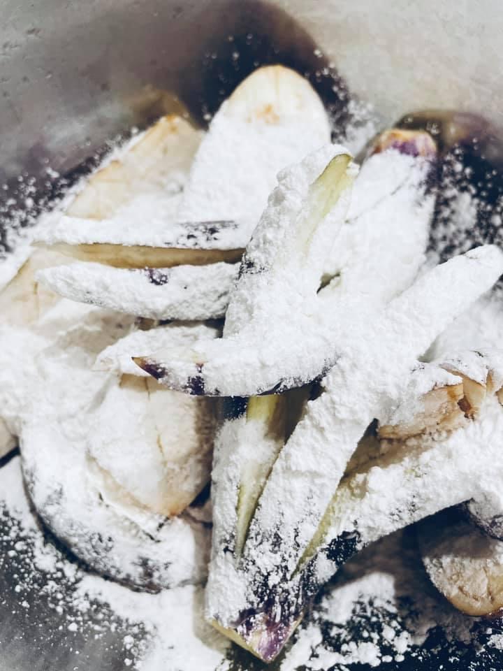 'Chảy nước miếng' với món cà tím độc lạ có thể ăn trừ cơm của một 'chị mẹ' yêu bếp - Ảnh 4