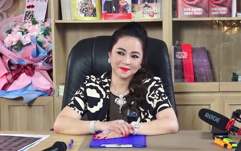 Ảnh cực hiếm: Quá trình hô biến từ 'em gái Tiểu Yến Tử' thành chị đại phố thị của chủ series giấc mơ Phương Hằng - Ảnh 10