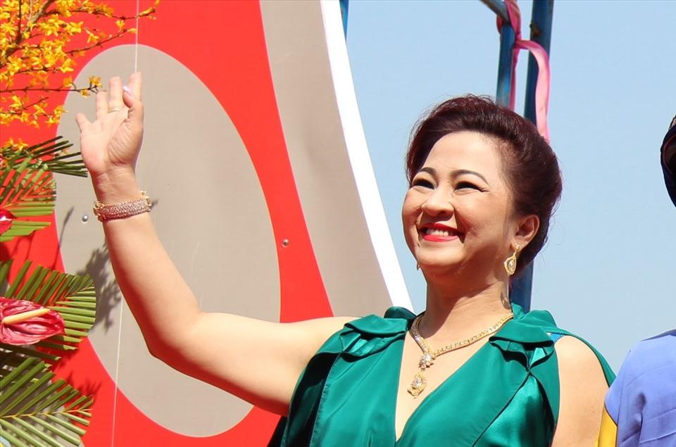 Ảnh cực hiếm: Quá trình hô biến từ 'em gái Tiểu Yến Tử' thành chị đại phố thị của chủ series giấc mơ Phương Hằng - Ảnh 6