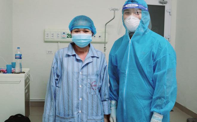 Một người mắc COVID-19 hồi phục thần kỳ sau 21 ngày thở máy, 9 ngày lọc máu