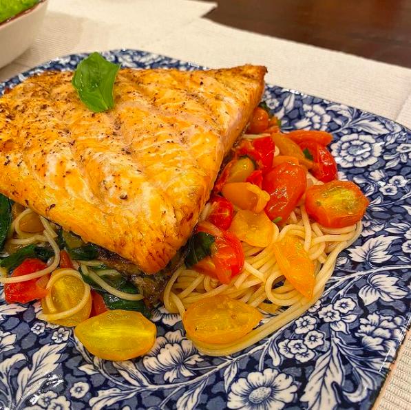 Đây là loại cá thường xuyên xuất hiện trong thực đơn giảm cân, khỏe đẹp của 'chị đẹp' Hà Tăng, bạn cũng nên học theo để tốt cho cả da lẫn dáng - Ảnh 7