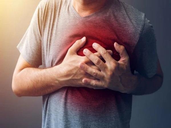 30 ngày trước khi đột quỵ xảy ra, cơ thể người phát ra 6 triệu chứng mà không ai để ý