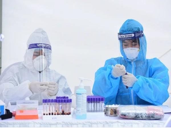 Hà Nội: Đã có kết quả xét nghiệm RT-PCR của 652 người dân trở về từ Đà Nẵng - Ảnh 1