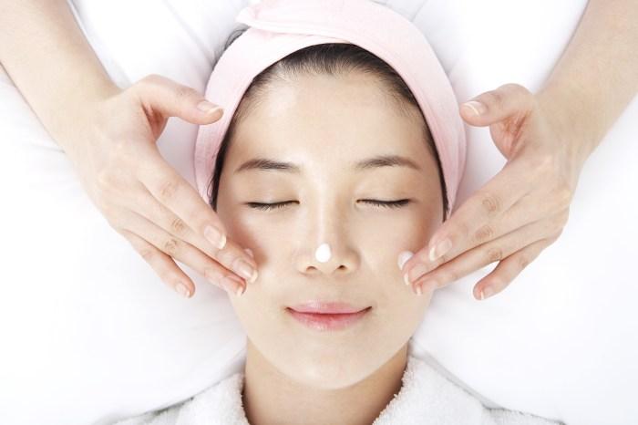 Chị em phụ nữ U30 phải áp dụng ngay cách này tại nhà để làm giảm nếp nhăn cho da mặt - Ảnh 2