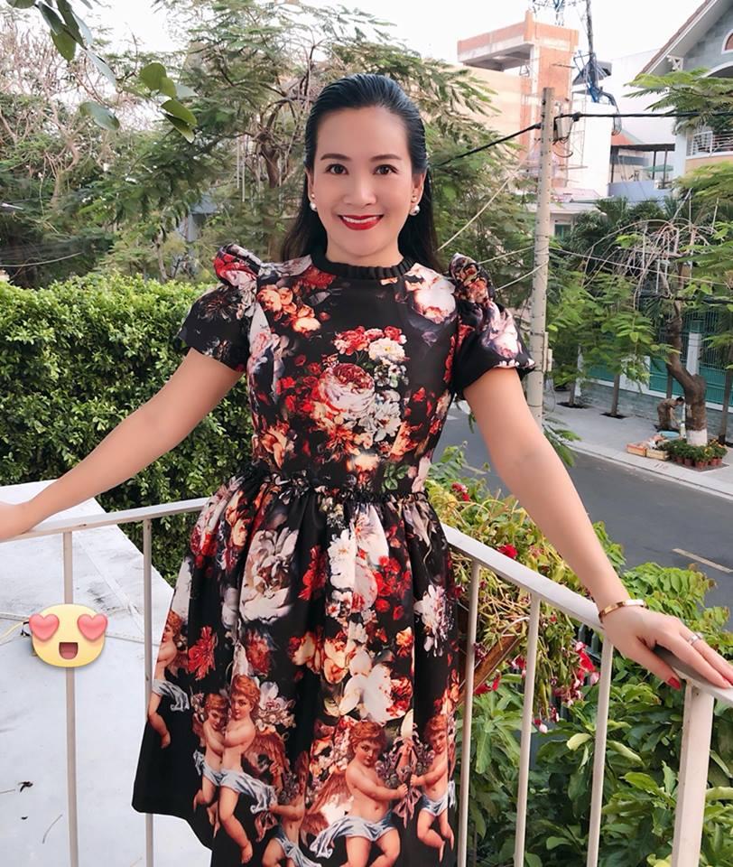 Không chỉ khôn khéo giữ gìn tổ ấm, bà xã Bình Minh còn tinh tế hơn khi lấy lòng mẹ chồng - Ảnh 2