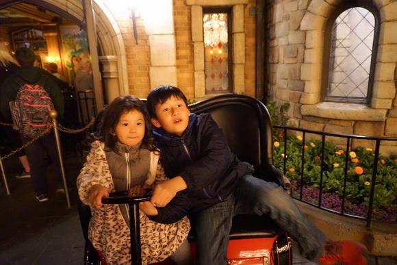 Vợ chồng Jennifer Phạm đưa Bảo Nam đi chơi ở Mỹ trước ngày về Việt Nam - Ảnh 11