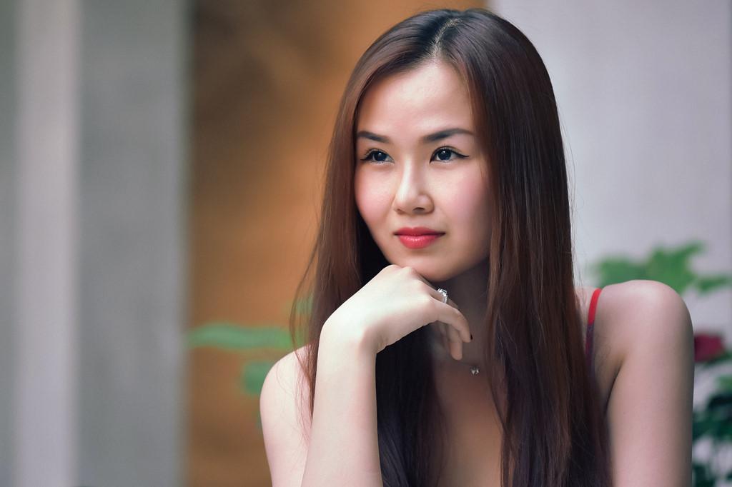 Hạ Trâm: 'Ở showbiz Việt, ai nói chưa bị gạ gẫm tình dục là dối trá' - Ảnh 5
