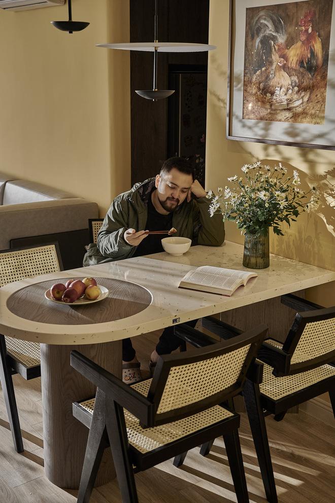 Kiến trúc sư kể chuyện nhà mình: Đập đi xây lại được căn hộ đẹp mê ly, nhìn hình thực tế mà cứ ngỡ ảnh 3D - Ảnh 11