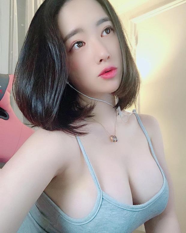 streamer nong bong 1