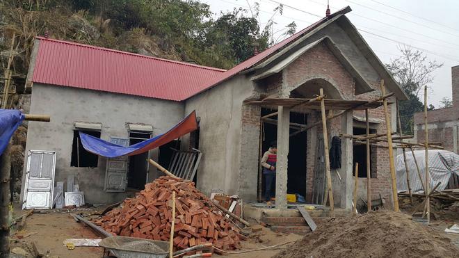 Cuộc sống mới ở nơi xảy ra vụ thảm họa sạt lở đất khiến 18 người tử vong - Ảnh 1