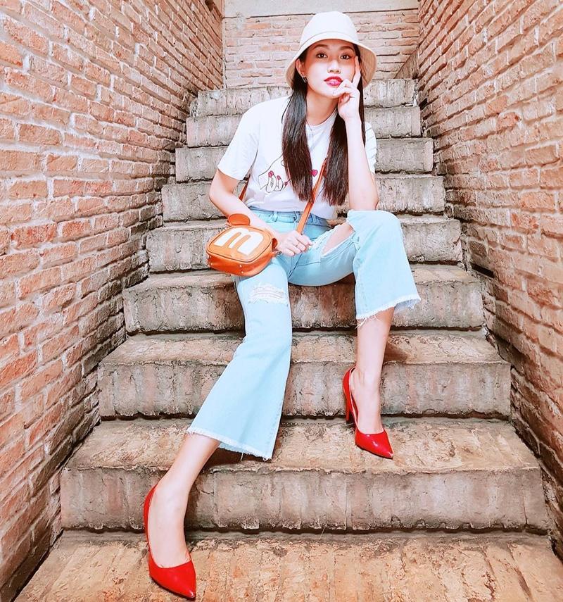Học stylist cách phối đồ Tết với quần ống loe: Item sành điệu và hot nhất năm nay - Ảnh 9