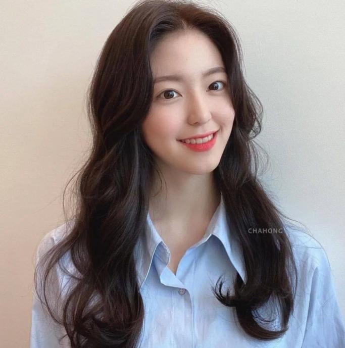 5 trend tóc dài đang hot nhất ở các tiệm Hàn Quốc lúc này, đặt ngay lịch cắt để trẻ ra 5 tuổi là ít - Ảnh 3