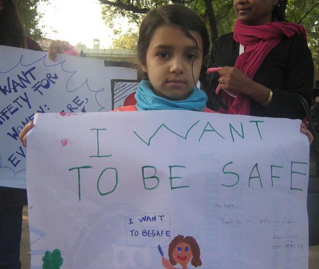 Chấn động: Bé gái 14 tuổi bị 9 người đàn ông bắt cóc và cưỡng bức tập thể trong 5 ngày với tình tiết đầy man rợ - Ảnh 2