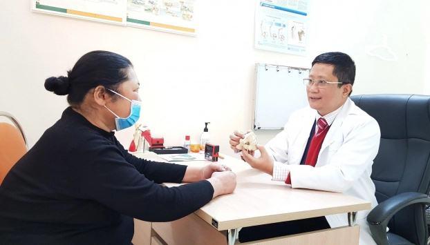 Những sai lầm trong điều trị bệnh xương khớp khiến bệnh tăng nặng nhiều người mắc phải - Ảnh 1