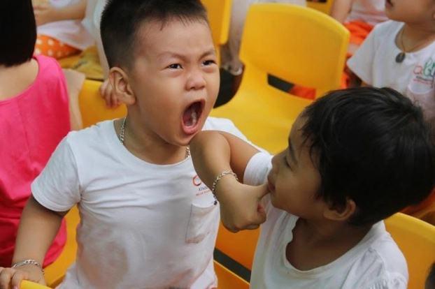3 điều tuyệt đối tránh khi nuôi dạy con trai để bé lớn lên thành người tử tế - Ảnh 2