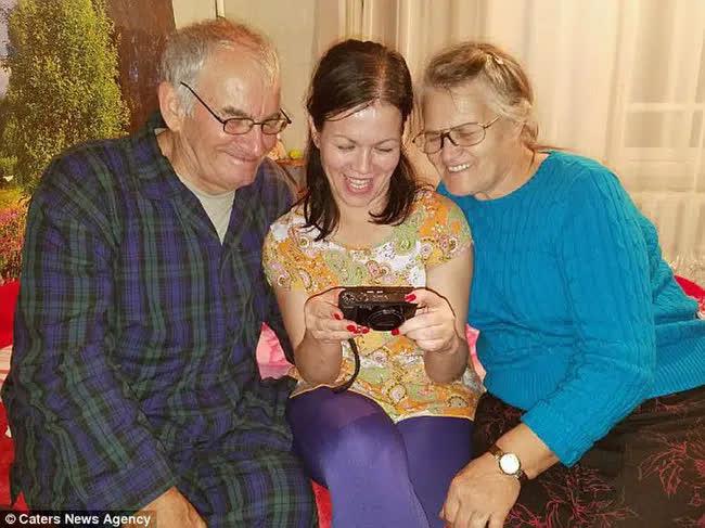 Bỏ ngoài tai lời dị nghị của hàng xóm về con gái, bố mẹ vẫn yêu thương con để rồi 39 năm sau sững sờ khi biết gốc gác đứa trẻ - Ảnh 2